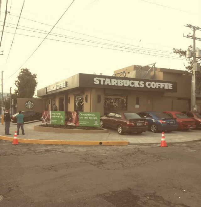 starbucks-colonia-medica